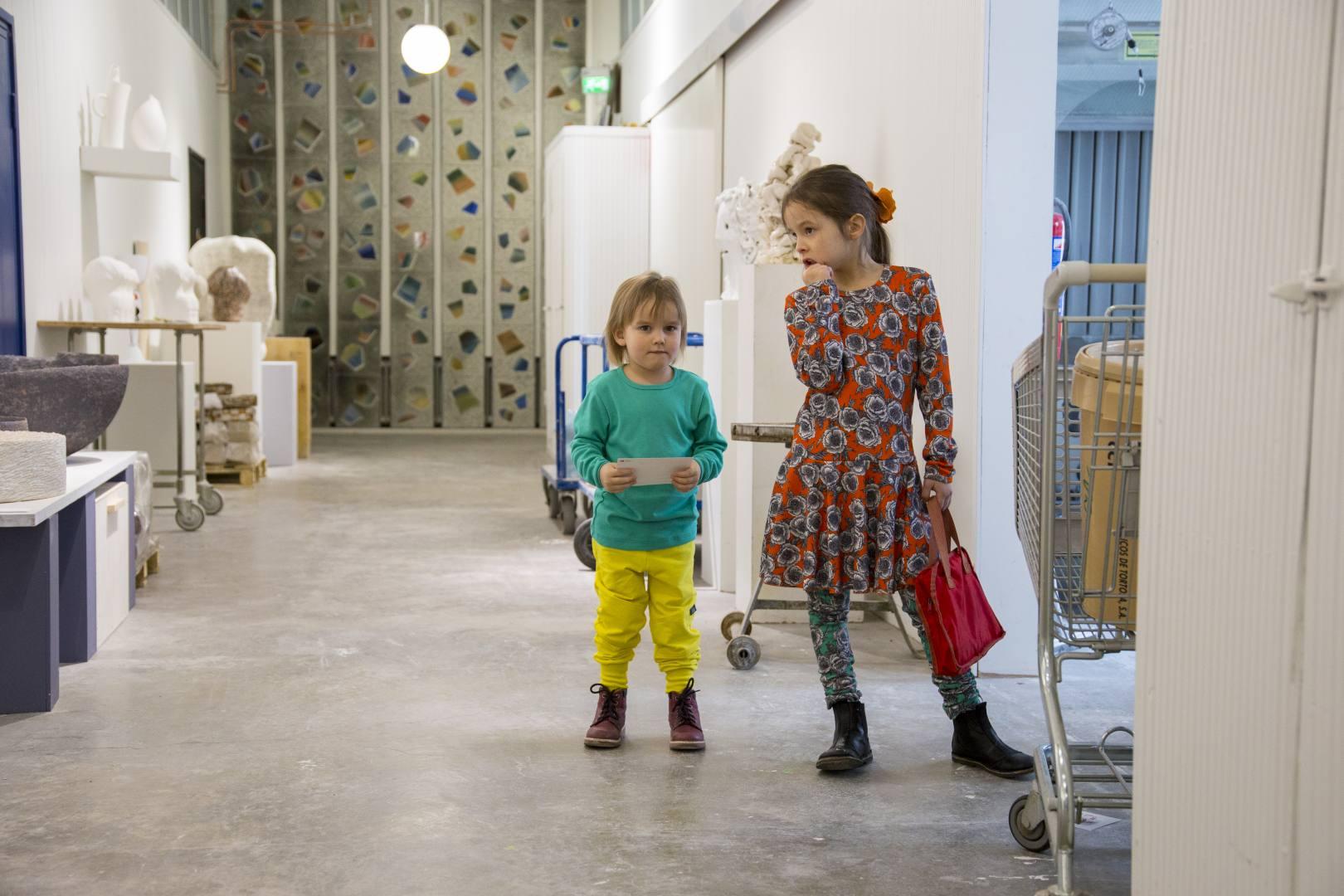 ©Lahiomutsi Melli EcoDesign Kevat Kesa 2018 Lasten Vaatteet Suomessa tehty Kotimainen Arabia Iittala Design Center Muotoilukeskus-2719