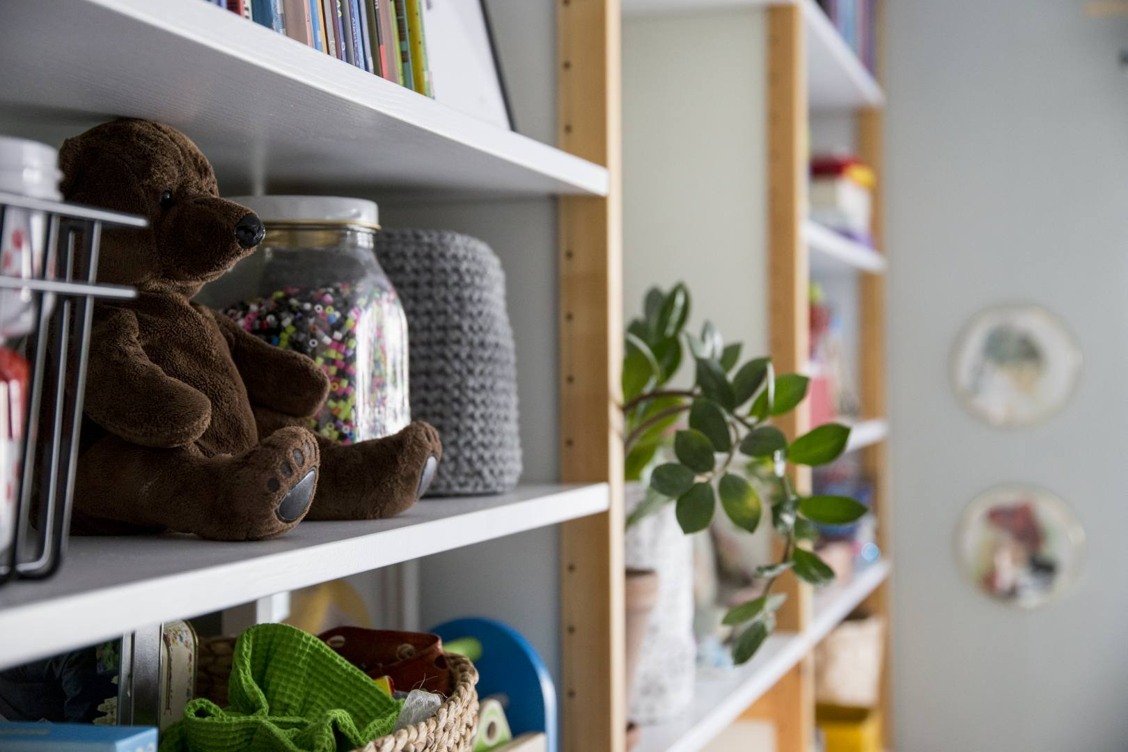 ©Lahiomutsi Lastenhuone Kidsroom Childrens Room Remontti Tapetti BarasTapeter Scandinavian Desigingers Mini, 6252 Charlie Linen Jade Lundia Entisointi-3907