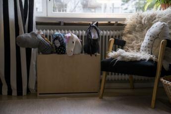 Lahiomutsi Keppihevonen Keppihevostelu Talli Teline Tee itse DIY-0278